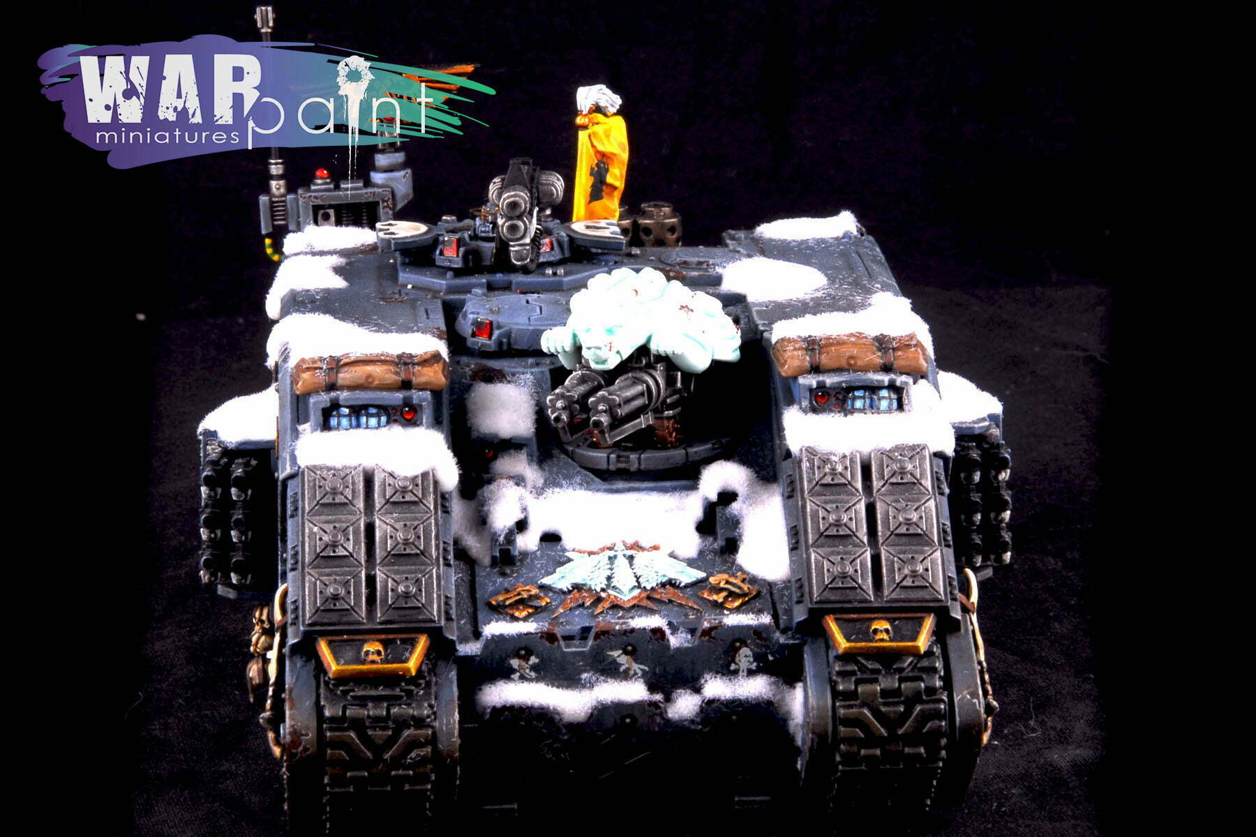 Space-Wolves-Landraider-6