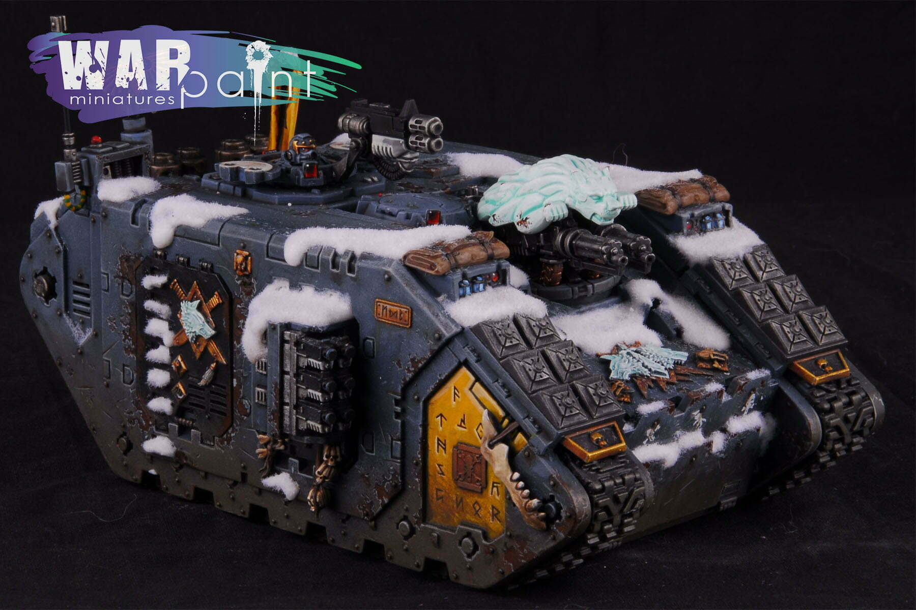 Space-Wolves-Landraider-7