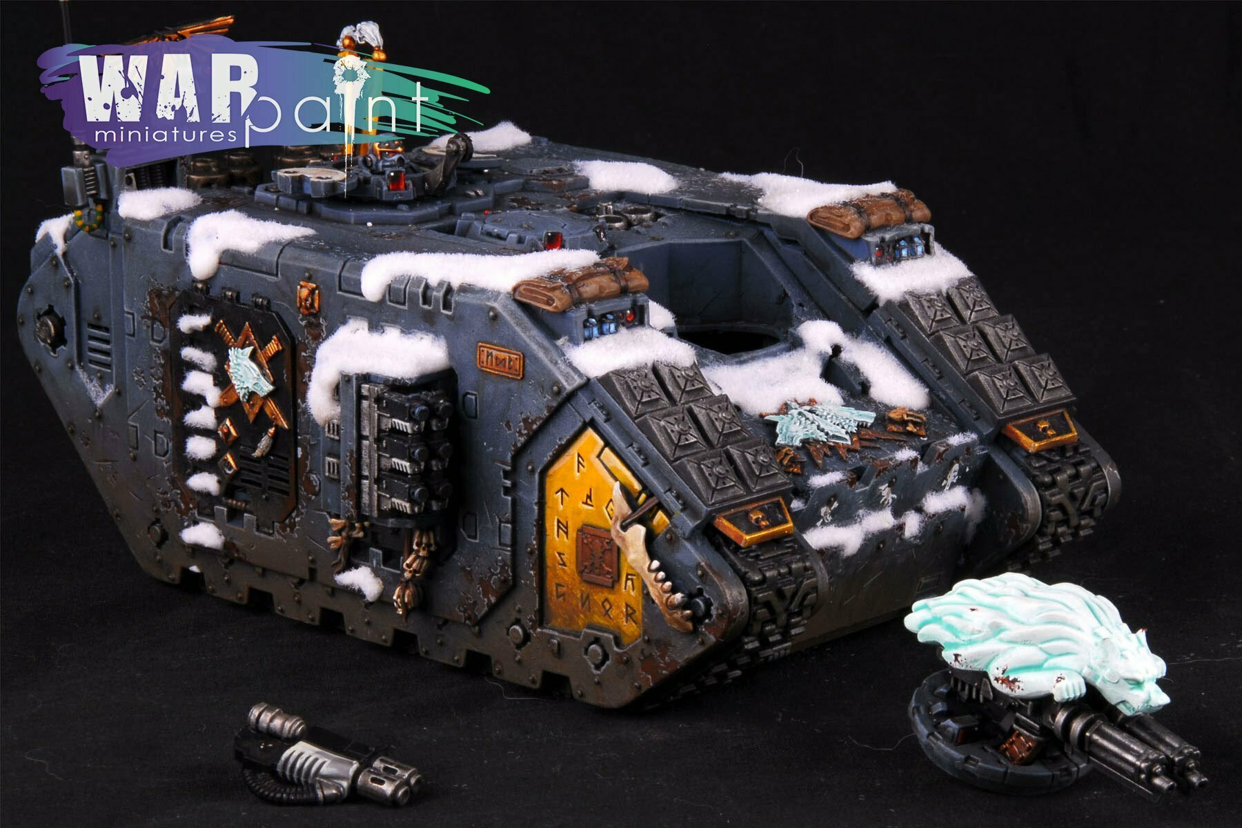 Space-Wolves-Landraider-8