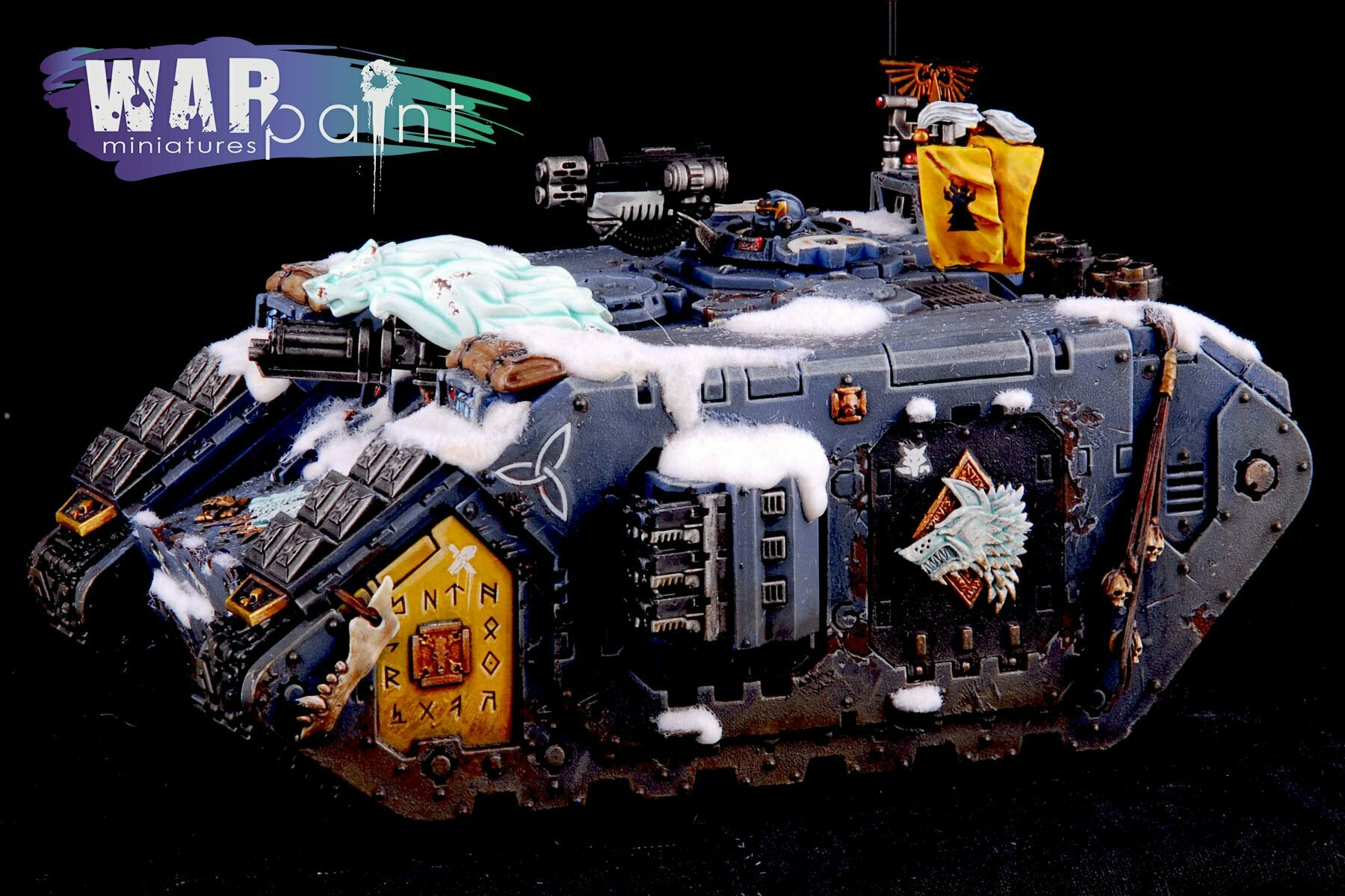 Space-Wolves-Landraider-9